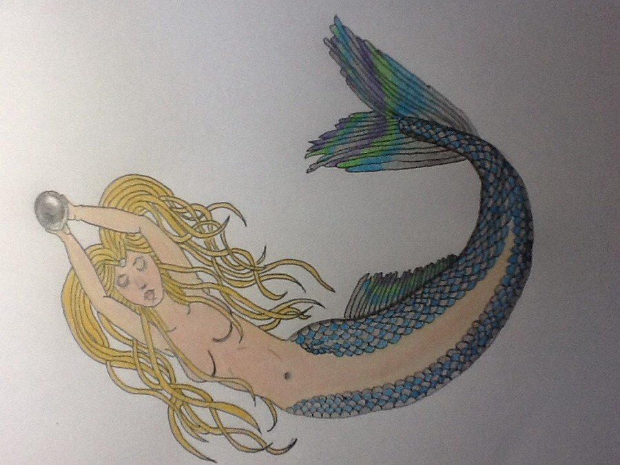 Mermaid with a black pearl